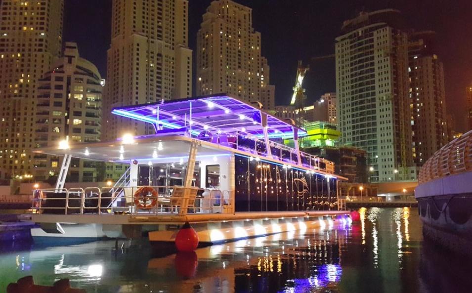 Dubai-Marina-Creek-Dinner-Cruise-–-Luxury-Glass-Boat-3-adventgureemirates.com