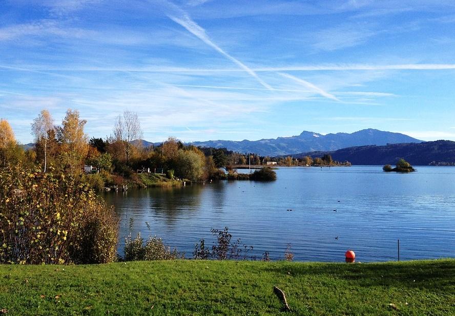 lake-zurich-302618_960_720