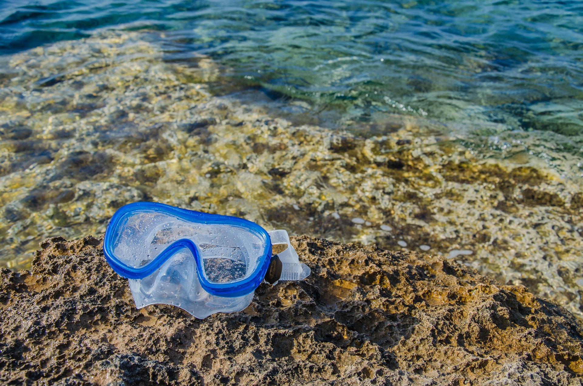 snorkeling-mask-5930431_1920